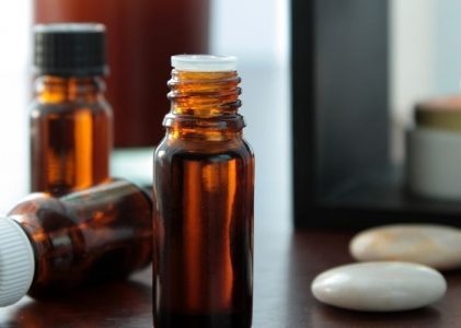 3 Top Pure Essential Oils For Meditation